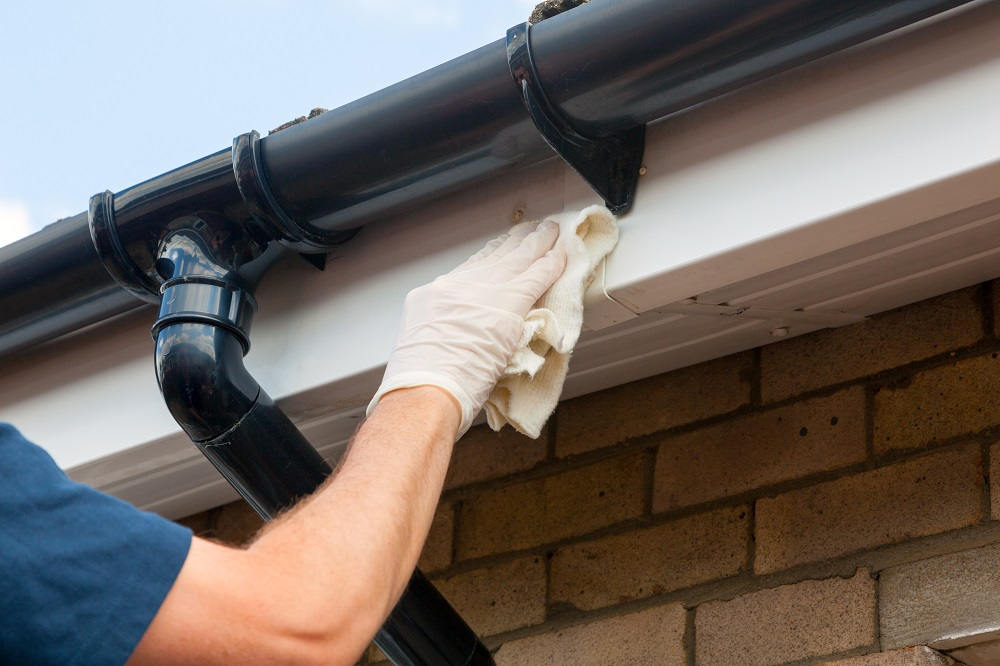 Roofers roof and gutter repair in Sevenoaks and Maidstone